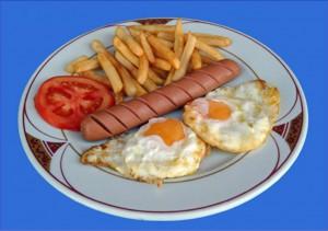 Huevos Salchichas